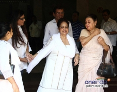 Teena Ghai at actress Nanda funeral