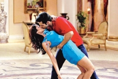 Varun Dhawan locks lips with Ileana D'Cruz still from Main Tera Hero