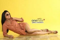 Veena Malik still from Nagna Satyam Movie
