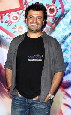 Vikas Bahl at Queen film success bash