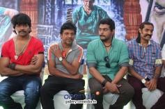 Vinod Prabhakar, Shivrajkumar, Deepak at Shivrajkumar's Belli Movie Launch