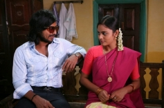 Vishnu Vishal and Nanditha still from Mundaasupatti