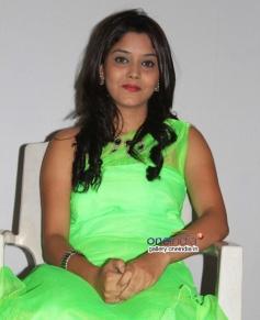 Aishwarya at Sapno Ki Rani Movie Press Meet