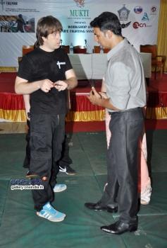 Akshay Kumar launch Tolpar Knife Training & unarmed combat training session