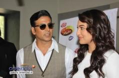 Akshay and Sonakshi addressing media on the sets of Zee TV's DID Little Master Season 3
