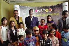 Amitabh Bachchan with Boman Irani at Dubai
