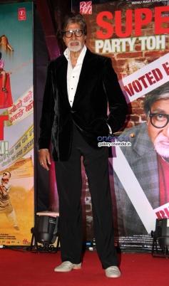 Big B at Bhoothnath Returns success party