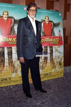 Amitabh Bachchan visits New Delhi to promote Bhoothnath Returns