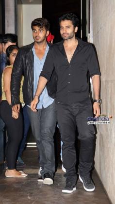 Arjun Kapoor and Ranbir Kapoor with Jackky Bhagnani at Youngistaan film screening