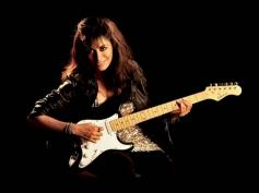 Chitrangada Singh posing with Guitar