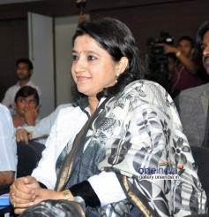 Kavita Seth at launch of Ali Abbas album Ishq Kamal