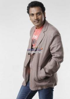 Lucky Shankar in Kannada Movie Cigarette