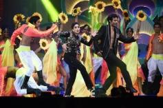 Madhuri Dixit performs at IIFA Awards 2014