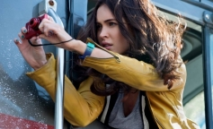Megan Fox still from Teenage Mutant Ninja Turtles