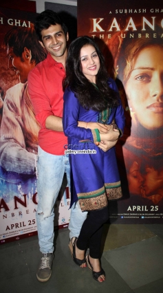 Mishti and Kartik Aaryan at Kaanchi film media interaction