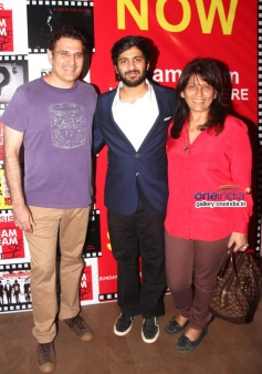 Parmeet Sethi and Archana Puran Singh with son Aaryamann Sethi at the premiere of films by Starkids