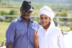 Parthiban and Amala on the sets of Kathai Thiraikathai Vasanam Iyakkam