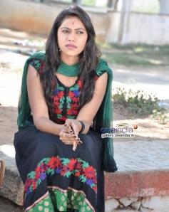 Poornima in Kannada Movie Lovella Sullalla