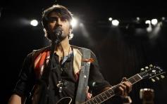 Ranbir Kapoor posing with Guitar