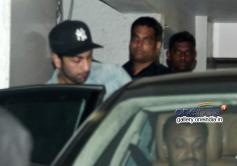 Ranbir Kapoori spotted at Aamir Khan's house