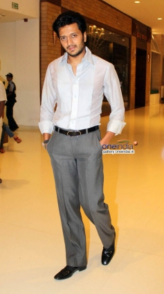 Ritesh Deshmukh at Premier of Film Yellow at PVR Oberoi Mall
