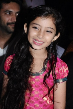 Sara Arjun at Saivam audio launch