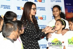Sonakshi Sinha's Rio 2 special screening for Smile NGO Kids