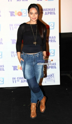 Sonakshi Sinha at Rio 2 film trailer launch