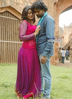 Soundarya Jayamala and Srinagar Kitty in Paaru w/o Devdas