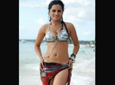 Thaji Karaya in Bikini