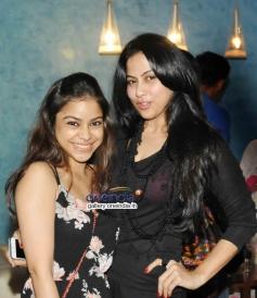Sumona Chakravarti with Pinky at 2 States Special Screening at Yash Raj Studios