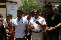 Surya casts his vote with father Sivakumar and brother Karthi