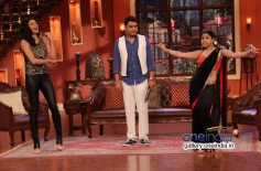 Sushmita Sen on the sets of Comedy Nights with Kapil
