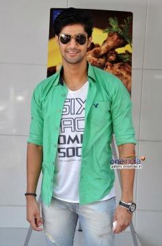 Tanuj Virwani during the promotion of Purani Jeans at Neel restaurant