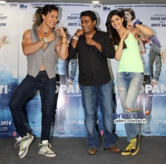 Tiger Shroff and Kriti Sanon performs on World Dance Day