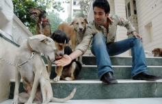Tusshar Kapoor poses with his pet dog