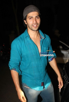 Varun Dhawan at house warming party and birthday bash of Saqib Saleem