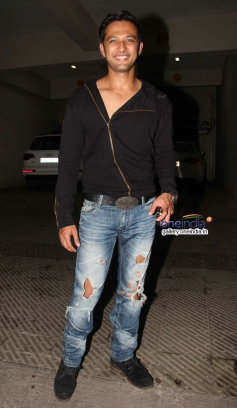 Vatsal Sheth at house warming party and birthday bash of Saqib Saleem