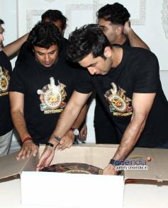 Vikas Bahl and Ranbir Kapoor at Bombay Velvet wrap up party