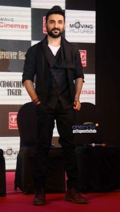 Vir Das at press conference of film Revolver Rani