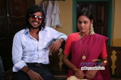 Vishnu and Nandita still from Mundaasupatti