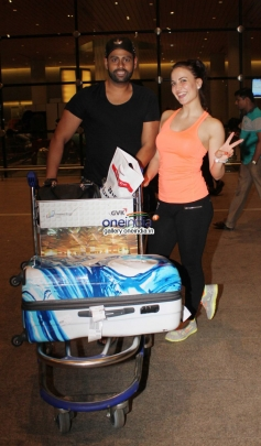 VJ Andy and Elli Avram snapped returning from IIFA 2014