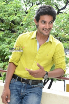 Aadi at Pyar Mein Padipoyane Press Meet
