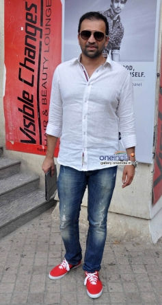 Actor Atul Kasbekar at Bobby Jasoos Trailer Launch