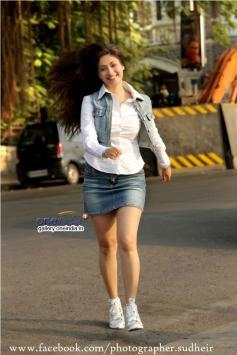 Actress Gurleen Chopra Picture