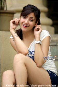 Actress Gurleen Chopra