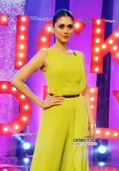 Aditi Rao Hydari on the sets of NDTV Ticket to Bollywood