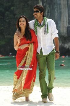 Allari Naresh & Isha Chawla in Jump Jilani
