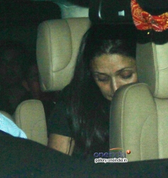 Arjun Rampal wife Mehr Jesia Rampal snapped at resturant in Bandra