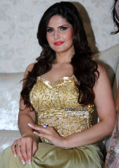 Bollywood Actress Zarine Khan at Amy Billimoria displays her eco friendly collection